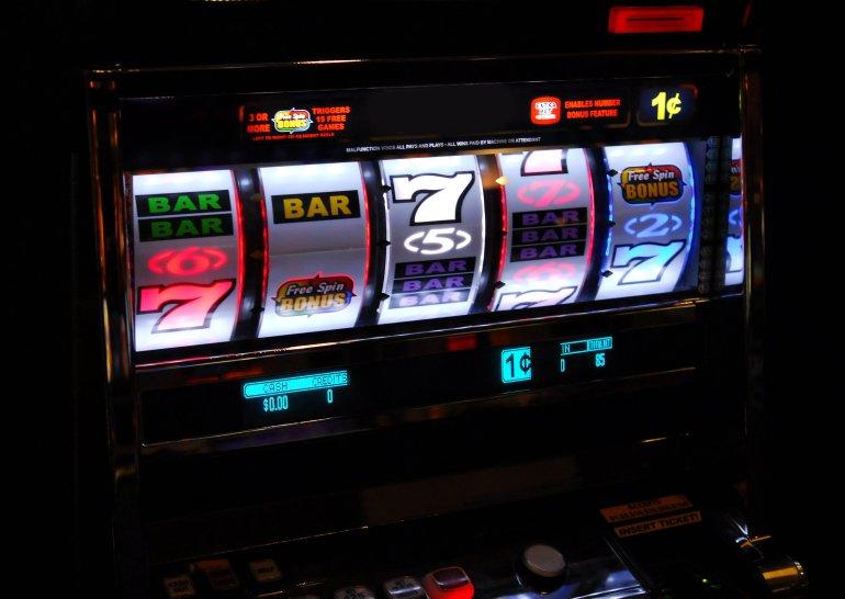игровые автоматы 2000 х годов список рейтинг слотов рф